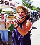 Dorothy-Labuda-and-Chicagos-Favorite-Strolling-Violinist-at-the-Elgin-Harvest-Market